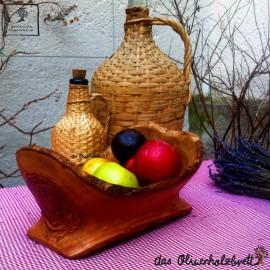 Schale aus Olivenholz, rustikal naturbelassen, oval, handgefertigt, dekorativ,  im Landhausstil